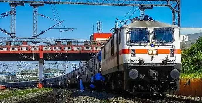 Hisar to Mumbai Train Time Table : खुशखबरी- अब हिसार से मुंबई के लिए चलेगी ट्रेन, देखिये टाइम टेबल