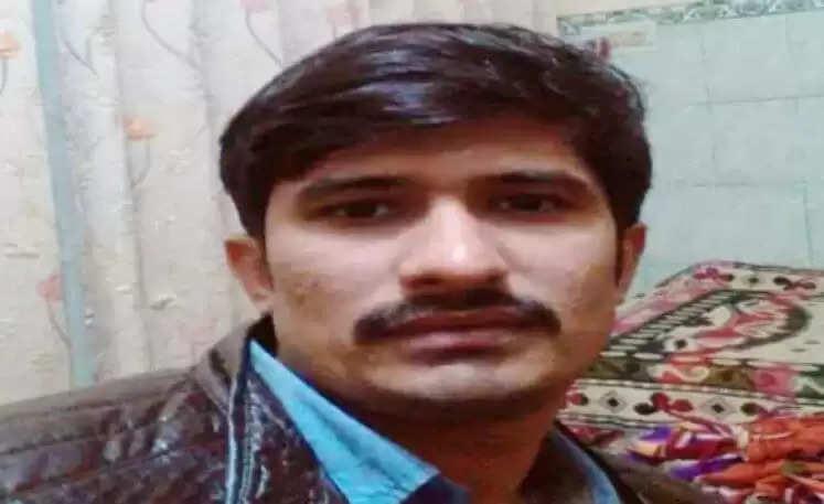 Rohtak Today News : युवक की हुई हत्या, पुलिस की वर्दी में साथ आई लड़की शव को छोड़कर मौके से भागी