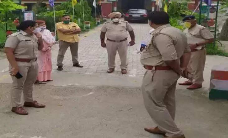 Haryana Police Constable Exam Schedule 2021: हरियाणा पुलिस की अब दोबारा होगी परीक्षा, पुलिस ने नौ लोगों को किया गिरफ्तार, इन तीन जिलों में होगी जांच