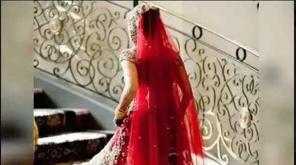 Sambhal News Today : एक दुल्हन से शादी करने पहुंचे तीन दूल्हे, पंचायत ने करवाया ऐसे फैसला