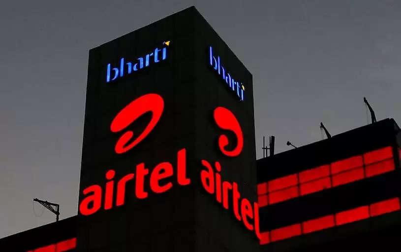 Jio, Airtel, Vi Plans List : Jio, Airtel और Vi ने इन प्लान्स पर फ्री SMS सर्विस की बंद, करवाना होगा ये रिचार्ज