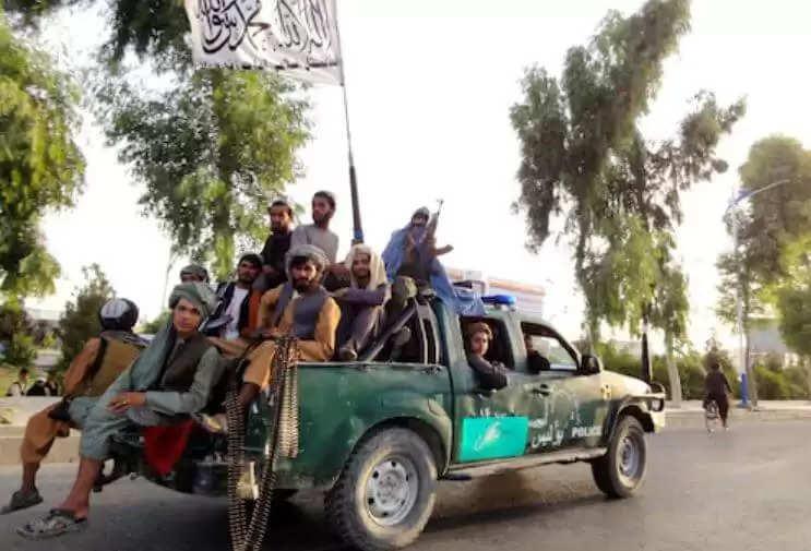 Kabul Latest News : भारतियों को लाने के लिए अफगानिस्तान पहुंचे दो विमान, जानिये अब की ताजा अपडेट, वीडियो के साथ