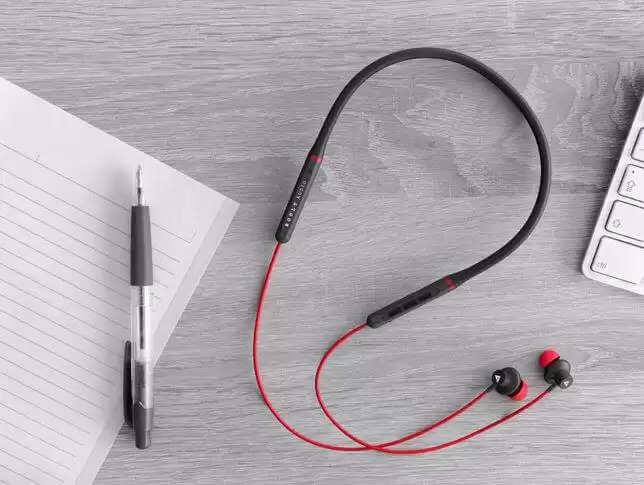 Boult Audio ProBass X1-Air : 10 घंटे की बैटरी के साथ Boult Audio के नए ब्लूटूथ ईयरफोन्स लॉन्च, कीमत 999 रुपये जानिए कैसे ख़रीदे