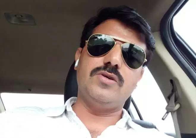 Hanuman Poonia Arrest: हनुमान पूनियां व यश भांभू की तलाश में टीमें कर रही छापेमारी, इन धाराओं के तहत हुआ मामला दर्ज