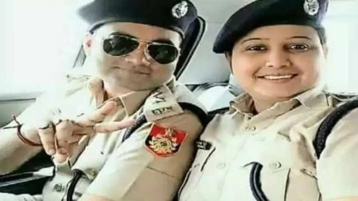 महिला DSP ने एक रात में ही अपने पति को बना दिया IPS अब होगी कार्रवाई